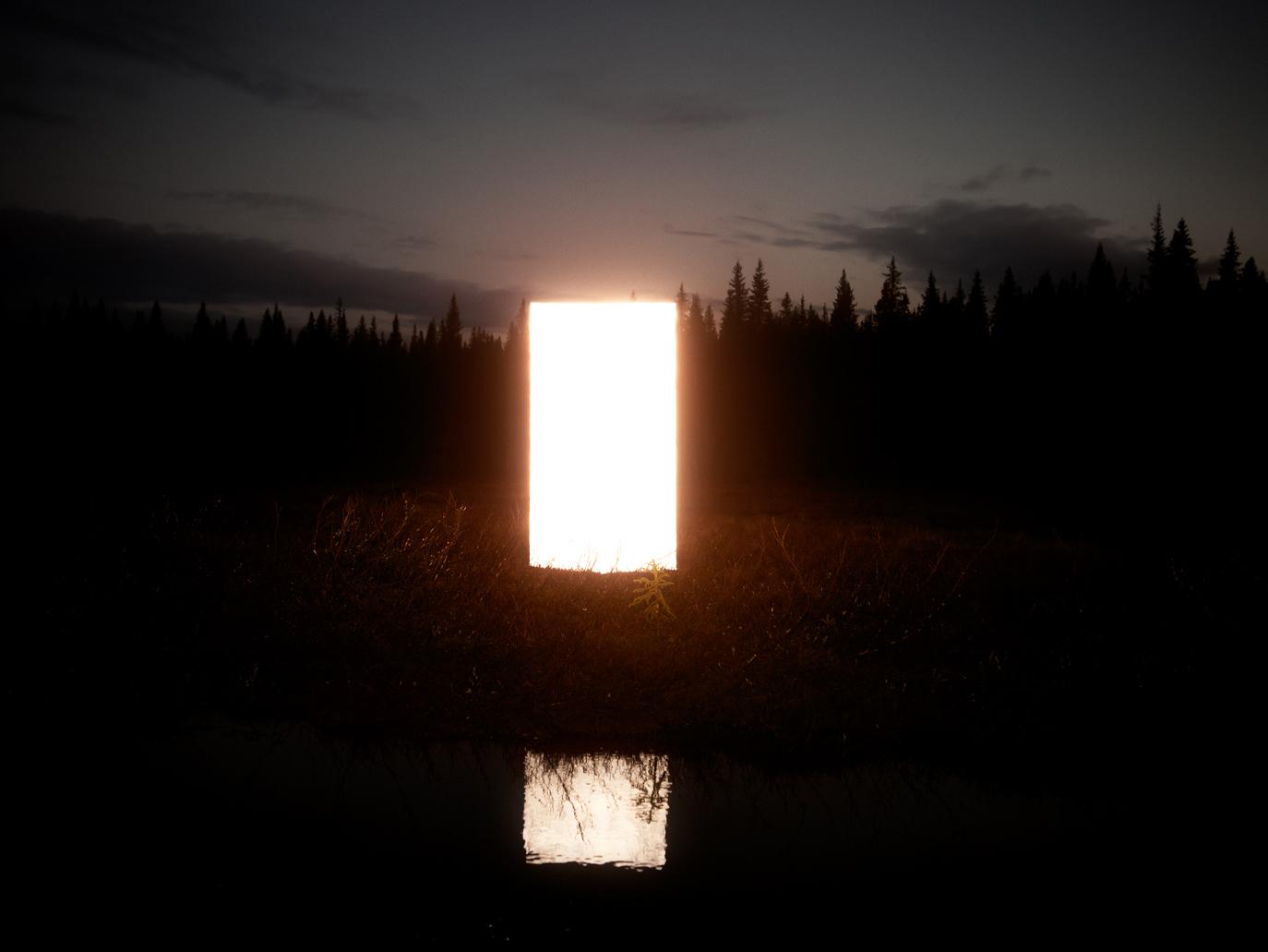 Glow (2012)